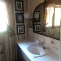 Full bath with shower/tub